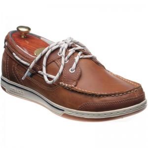 Triton deck shoe