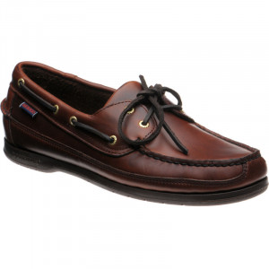 Schooner deck shoe