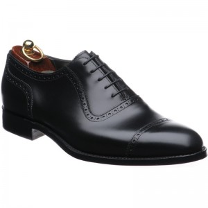 Herring Chamberlain semi-brogue in Black Calf