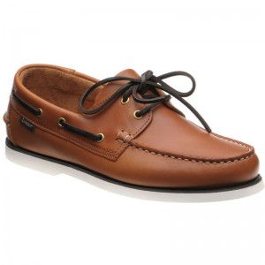 528 rubber-soled deck shoes