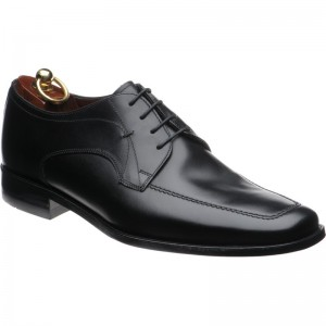 Magnum rubber-soled shoes